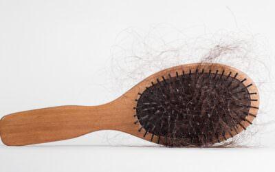 Wypadanie włosów – przyczyny imożliwości leczenia