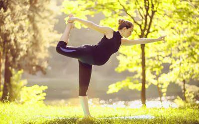 Aktywność fizyczna wciąży. Jak wpływa naciało? Jaki trening wybrać?